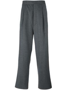 брюки со складками Thom Browne