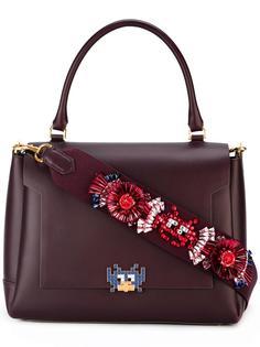 сумка-тоут с декорированной лямкой Anya Hindmarch