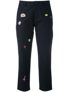 укороченные брюки с аппликациями  Mira Mikati