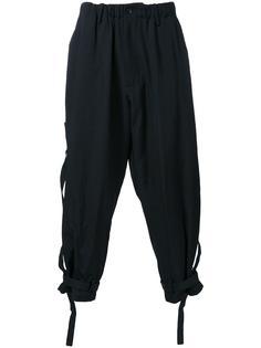 брюки с ремешками Yohji Yamamoto