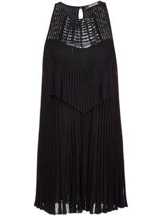 плиссированное платье с вышивкой-макраме  Roberto Cavalli