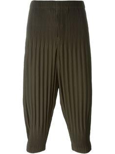 плиссированные брюки с заниженной шаговой линией  Homme Plissé Issey Miyake