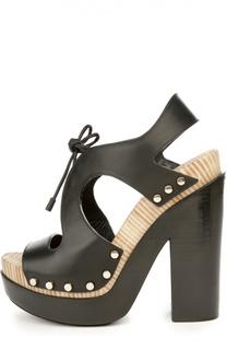 Кожаные босоножки на шнуровке Balenciaga