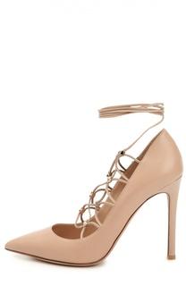 Кожаные туфли Rockstud Gladiator на шнуровке Valentino