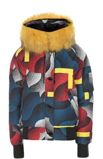 Пуховик с ярким принтом и меховой отделкой капюшона Kenzo
