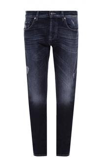 Зауженные джинсы с потертостями 7 For All Mankind
