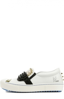Кожаные слипоны с декором Fendi