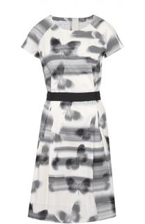 Приталенное платье с круглым вырезом и контрастным поясом Escada Sport