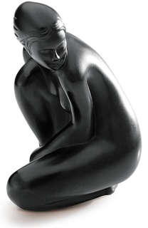 "Скульптура Venus ""Nude"" Lalique"