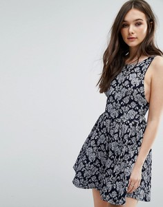 Платье-сарафан с принтом Wal G - Мульти