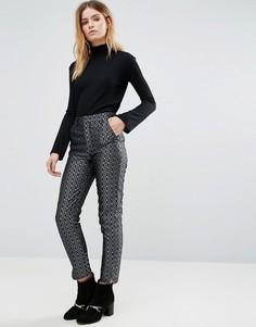 Жаккардовые брюки-сигареты с эффектом металлик Native Youth - Темно-синий