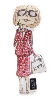 Маленькая кукла в виде Анны Винтур Kahri