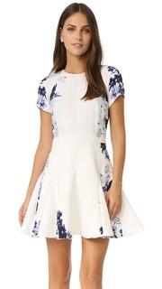 Платье с темно-синим цветочным рисунком Stylestalker