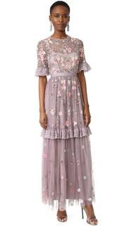 Вечернее платье с хаотично расположенным мелким рисунком Needle & Thread