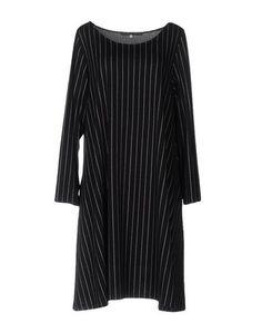 Короткое платье E.D.