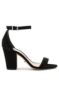 Туфли на каблуке jenny lee - Schutz