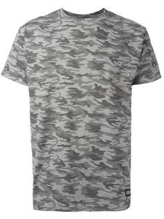 футболка с камуфляжным рисунком Les (Art)Ists