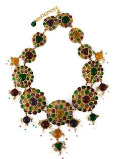 массивное ожерелье с разноцветными камнями Chanel Vintage