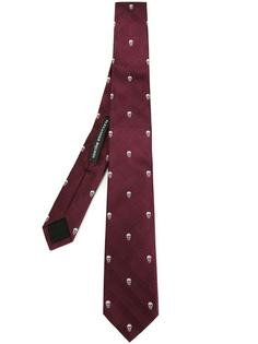 галстук с черепами Alexander McQueen