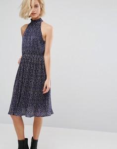 Плиссированное платье миди с принтом J.O.A - Мульти