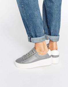 Кроссовки на платформе Truffle Collection - Серый