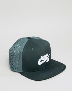 Зеленая кепка с перфорацией Nike SB 629243-364 - Зеленый