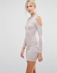 Облегающее платье с открытыми плечами Parisian - Бежевый
