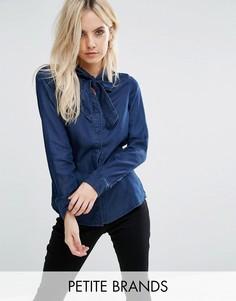 Джинсовая рубашка на завязке спереди Vero Moda Petite - Темно-синий