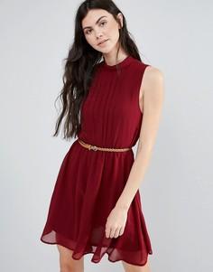 Платье со складками и ремнем Madam Rage - Красный