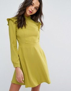 Платье с высоким воротом и оборкой Miss Selfridge - Зеленый