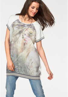 Длинная футболка Aniston