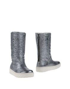 Полусапоги и высокие ботинки Moncler