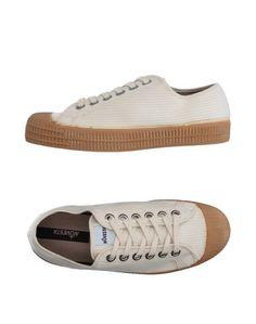 Низкие кеды и кроссовки Novesta