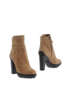 Полусапоги и высокие ботинки Tods