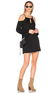 Мини платье с открытыми плечами - Lanston