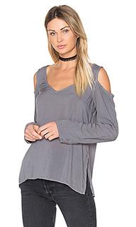 Cold shoulder v neck blouse - Bella Dahl