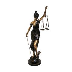 "Статуэтка ""Lady of Justice"" Van Roon"