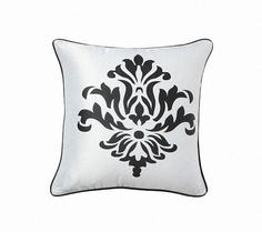 """Подушка с геральдическими лилиями """"Fleur de Lys II White"""" DG"""