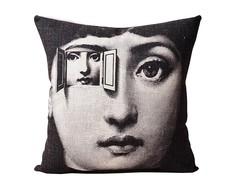 """Подушка с портретом Лины Пьеро Форназетти """"Duplicity"""" DG"""
