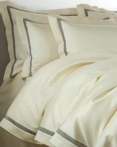 Комплект  постельного белья CRISTINA PANNA (королевский) Domino