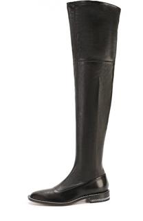 Кожаные ботфорты с декоративными цепочками на подошве Givenchy