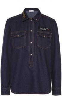 Джинсовая блуза с накладными карманами и контрастной вышивкой REDVALENTINO