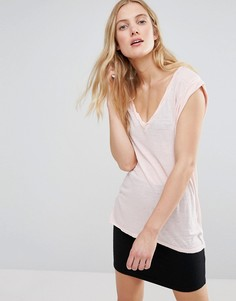 Обтягивающая футболка с V-образным вырезом Pam & Gela - Розовый