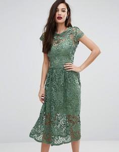 Кружевное приталенное платье миди с короткими рукавами Bodyfrock - Зеленый