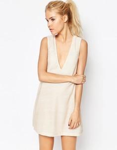 Платье с глубоким вырезом Motel Jazz - Бежевый