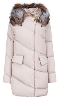 Пальто на натуральном пуху с отделкой мехом лисы La Reine Blanche