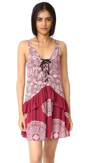 Платье Mandala Wonder со шнуровкой спереди Minkpink