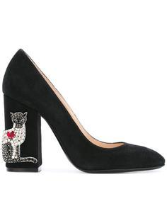 туфли-лодочки на декорированном каблуке Nº21