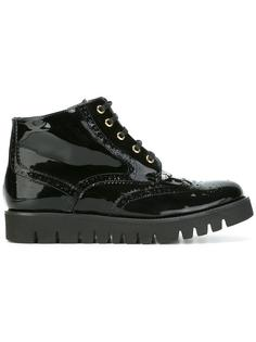 ботинки с перфорацией Baldinini