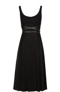 Приталенное платье с заклепками и юбкой в складку Valentino